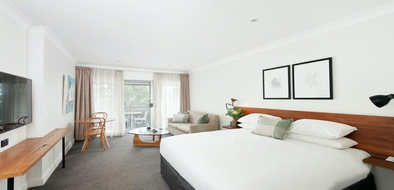 hotel-nelson-nelson-bay-hotel-accommodation-superior-king-spa-studio-1 | Hotel Nelson